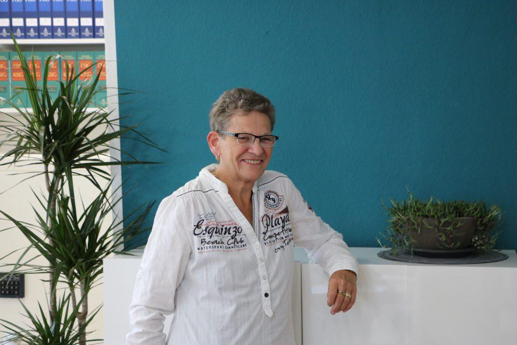 Frau Beatrix Gödden
